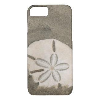Sand dollar (Echinarachnius parma) iPhone 7 Case