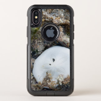 Sand Dollar in the Fiji Reef at Low Tide OtterBox Commuter iPhone X Case