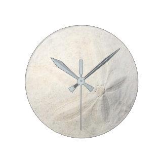 Sand Dollar Round Clock