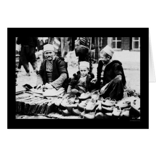Sandalia que vende en Albania 1923 Tarjeta De Felicitación