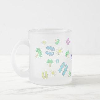 Sandalias del verano, Sun, y taza de la palmera