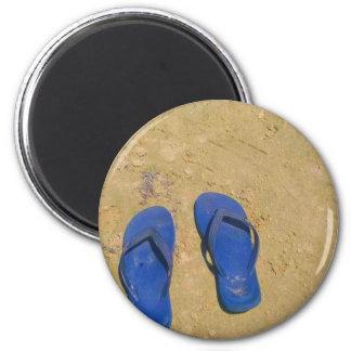 Sandalias en la arena imán redondo 5 cm