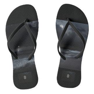 sandalias unisex con la runa de la tormenta y del