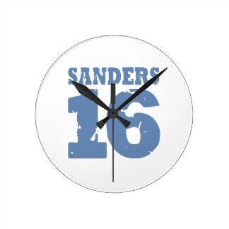 Sanders 16 Uniform Number Round Clock