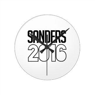 Sanders 2016 Bold Round Clocks