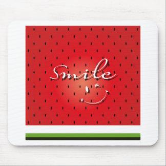 Sandía de la sonrisa mousepads