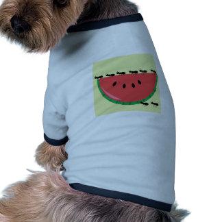 Sandía y hormigas camiseta de perrito
