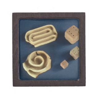 Sandstone dice and terracotta maze game, Harappa, Keepsake Box