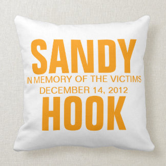 SANDY HOOK IN MEMORY OF THE VICTIMS THROW PILLOW
