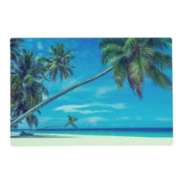 Sandy White Beach with Tropical Palm Trees Placemat