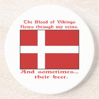 Sangre danesa y cerveza Viking Posavaso Para Bebida