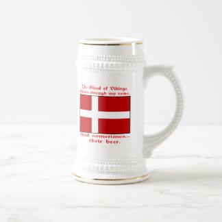 Sangre danesa y cerveza Viking Tazas De Café