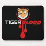 Sangre del tigre alfombrilla de raton