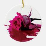 Sangría rosada subió ornamente de reyes