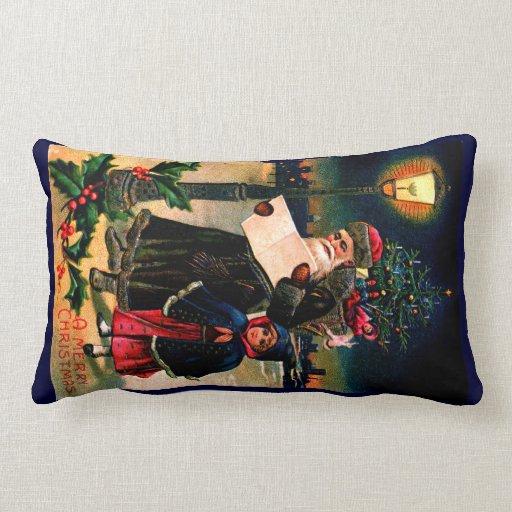 Santa 1910 que comprueba su lista almohada