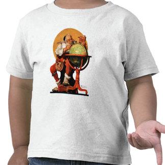 Santa at the Globe T Shirt