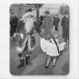Santa Claus and Little Girl on Deck, 1925 Mouse Pad