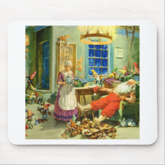 Santa Claus Returns Home to the North Pole Mouse Pads