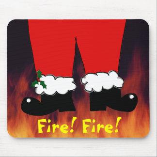 Santa comes down the chimney mouse pad
