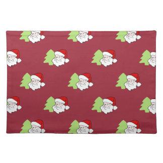 Santa con el modelo del árbol de navidad manteles individuales