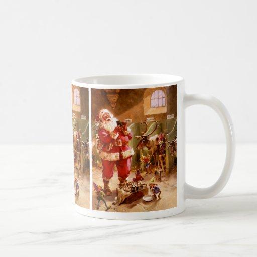 Santa en el granero del reno tazas de café
