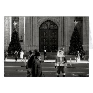 Santa en la tarjeta de la catedral de St Patrick