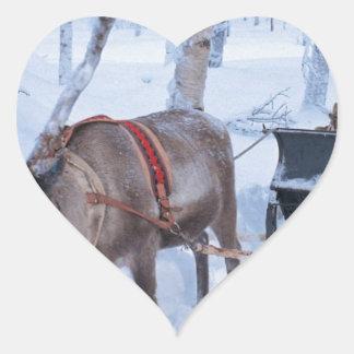 Santa en su trineo pegatinas corazon