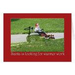 Santa en un paisajista del cortacésped del montar tarjetas