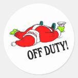 Santa fuera de servicio (bebido) etiquetas redondas