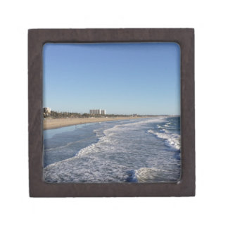 Santa Mónica línea de la playa de CA