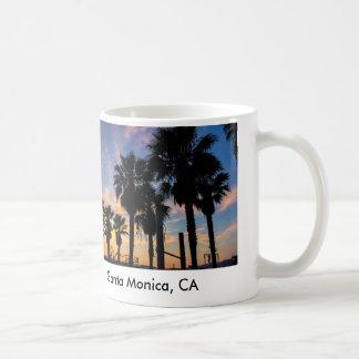 Santa Mónica, taza de café de la puesta del sol de