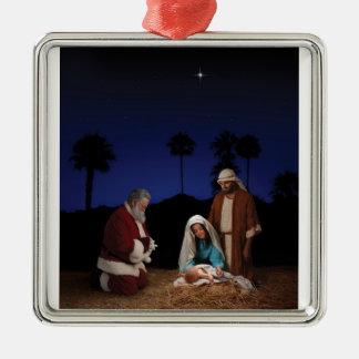 Santa que se arrodilla en la natividad - ornamento ornamente de reyes