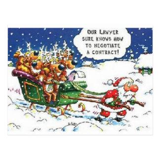 Santa que tira del reno postales