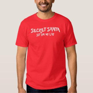 Santa secreto - siéntese en mi revestimiento remeras