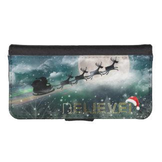 Santa Sleigh Reindeer Christmas iPhone 5/5s Wallet Phone Wallet Cases