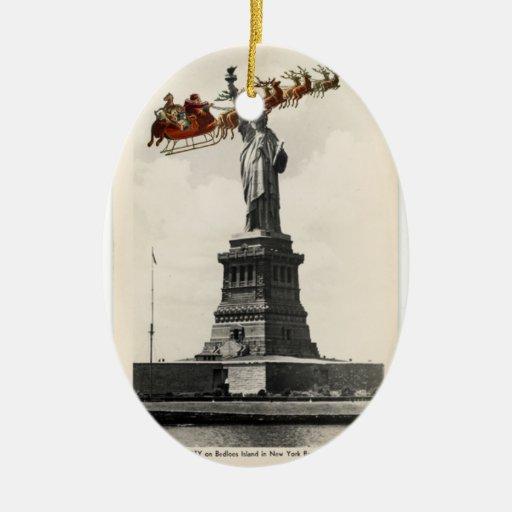 Santa sobre el ornamento americano del navidad de adornos de navidad