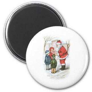 Santa with Christmas Wish List Magnet