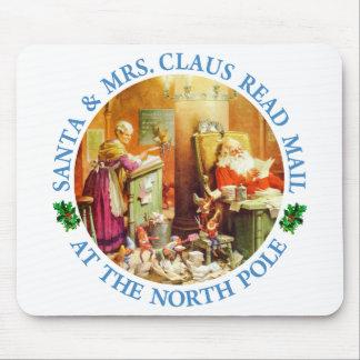 Santa y señora Claus Make una lista y la comprueba Alfombrilla De Raton