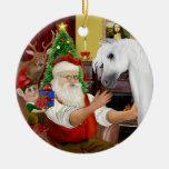 Santa y su caballo árabe blanco adorno