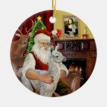 Santa y su llama del bebé adorno navideño redondo de cerámica