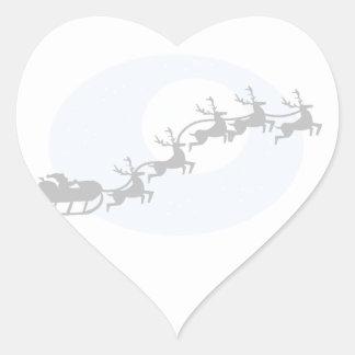 Santa y su reno calcomania de corazon personalizadas