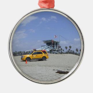 SantaMonica Round Metal Christmas Ornament