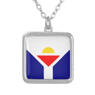 Santo-Martin-Bandera Collar Plateado
