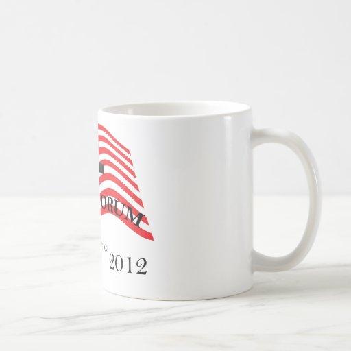 Santorum que sacrifica para América 2012 Taza Básica Blanca