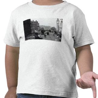 Santuario amplio, Westminster Camiseta