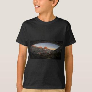 Saphire Lake Sunset - Evolution Basin - John Muir T-Shirt