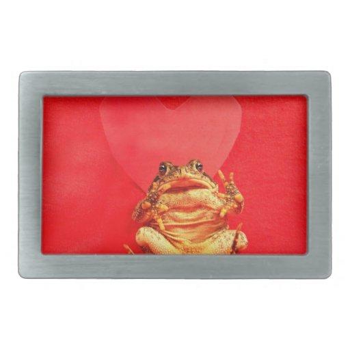 Sapo de la rana delante de la foto roja del corazó hebillas de cinturon rectangulares