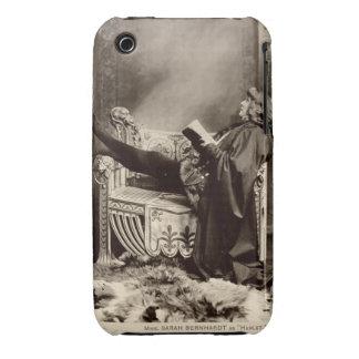 Sarah Bernhardt (1844-1923) como Hamlet en el 1899 iPhone 3 Cobreturas