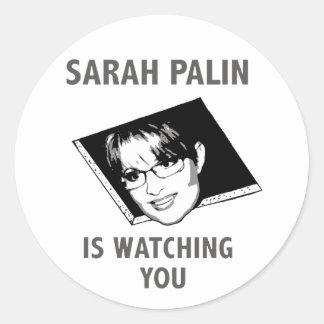 ¡Sarah Palin le está mirando! Pegatina Redonda
