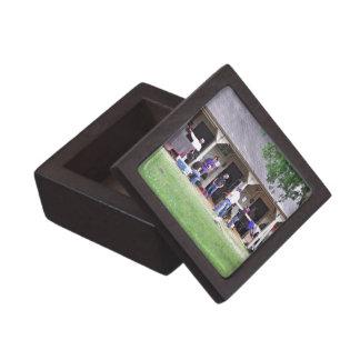 Saratoga Stables Barn #39 Premium Gift Box